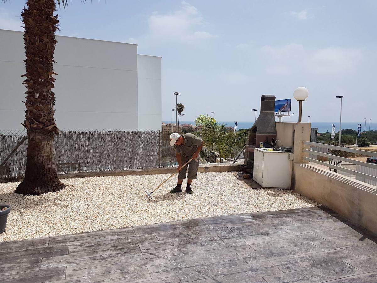 Hormigón impreso efecto madera Alicante Grupo Paimvi