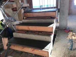 Escaleras en construcción